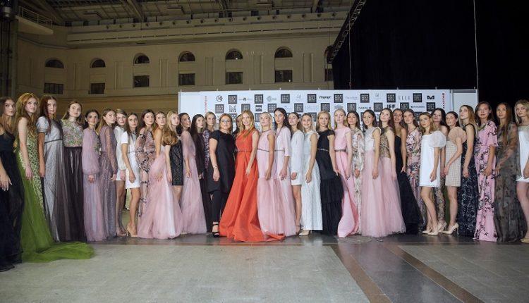 Анна Шульгина иЕлена Кулецкая вышли на подиум в роскошных платьях Lucien Krysan