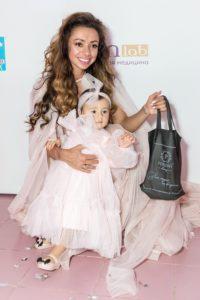 ShuShu Соня Некс с дочкой