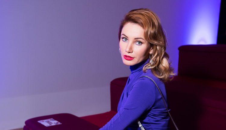 Правила гардероба актрисы Лоры Резниковой