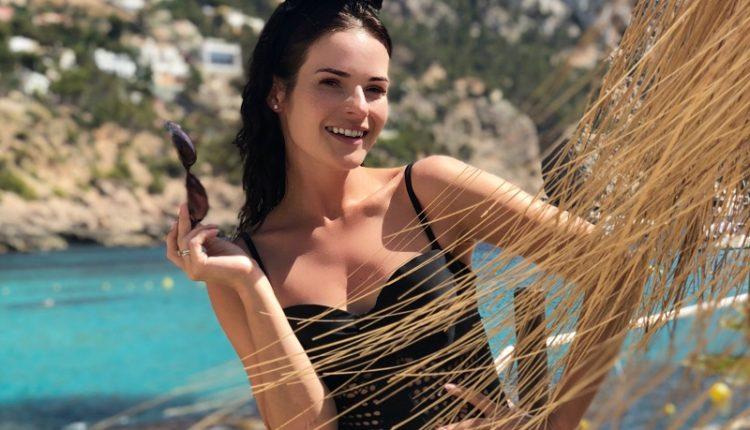 Актриса Анна Пескова разочаровалась в Ибице