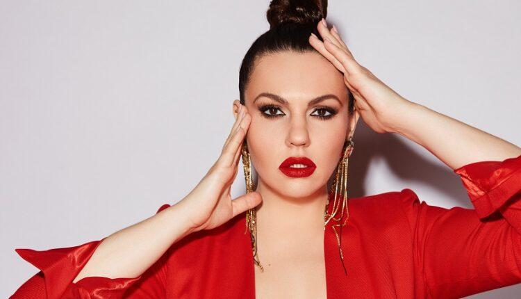 Наталья Сидорцова выпустила трогательный дебютный клип на авторскую песню «Не рассказывай сны»