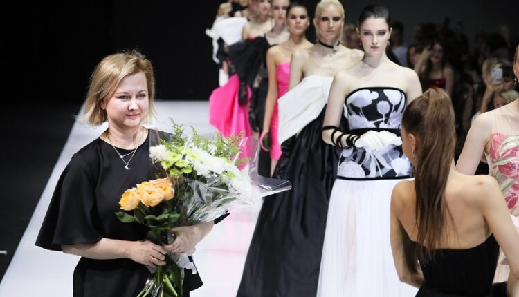 Показ Дома Моды Svetlana Evstigneeva SS 2020 в рамках Moscow Week Russia  27 октября 2019 года