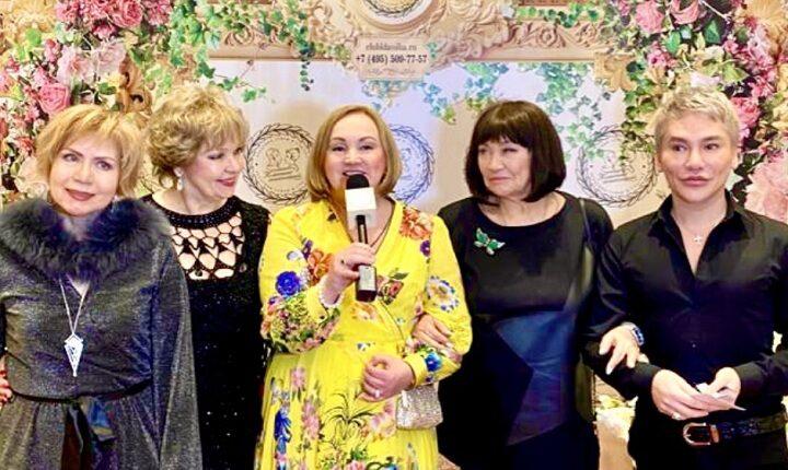 В Москве состоялся грандиозный Рождественский бал «Звезды за счастливую семью»
