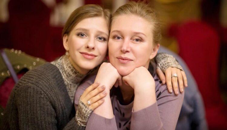 Лиза Арзамасова выбрала в подарок маме красоту от сети клиник ЦИДК