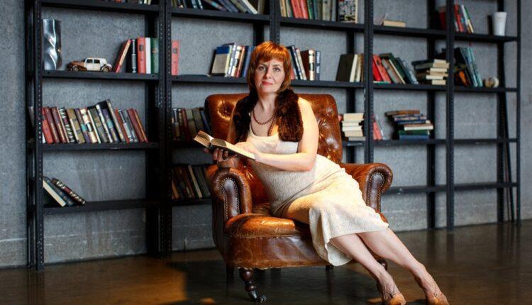 Московская поэтесса Махоша выпустила новый сборник и получила номинацию на премию «Поэт года»