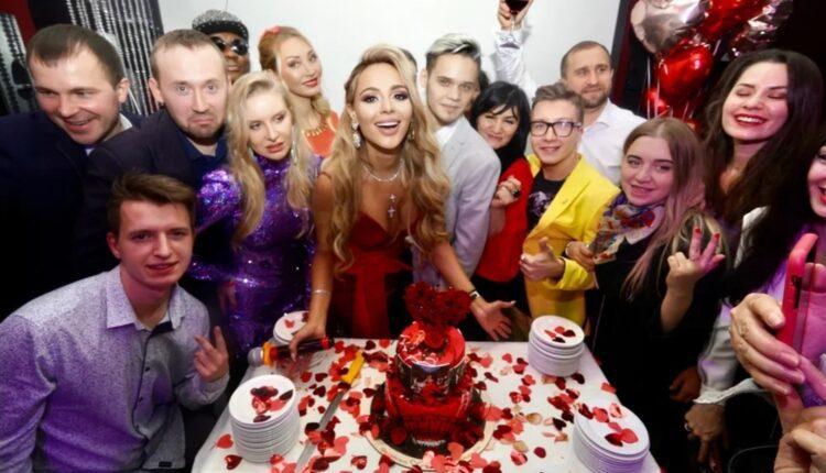 В Москве прошла закрытая премьера клипа Анны Калашниковой