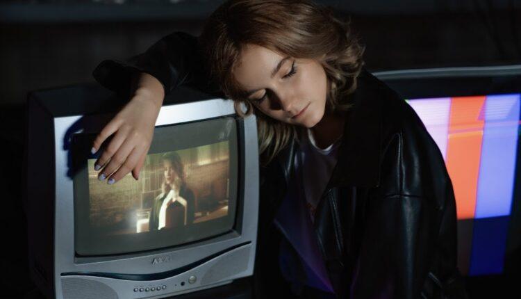 Певица Оля Краснова выпустила новую песню «Родная душа»